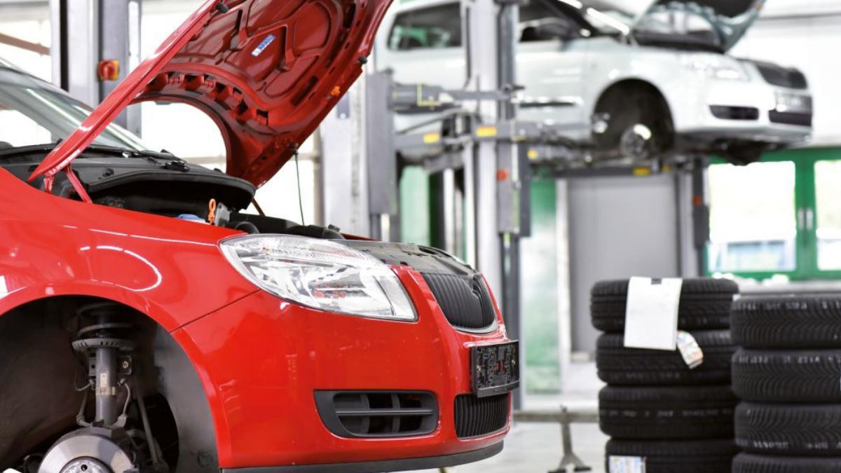 Bonus 600 euro per meccanici e centri revisione: la proposta